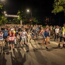 Wampiry na rolkach przejadą przez stolicę. Charytatywna akcja Nightskating Warszawa