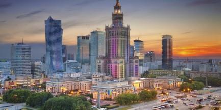 """Sąd zakazał sprzedaży """"zreprywatyzowanej"""" działki przy Pałacu Kultury i Nauki"""