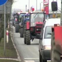 Ciągniki już nie wjadą do Warszawy. Nowe znaki na rogatkach