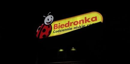 """Ewakuacja we wszystkich """"Biedronkach"""" w Warszawie!"""