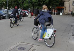 """Piraci rowerowi czują się bezkarni. """"Ścieżka to nie ulica. Nie obowiązują nas przepisy"""""""
