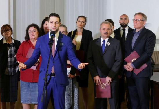 Zbigniew Ziobro i wiceminister Patryk Jaki. Fot. PAP/Tomasz Gzell