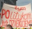 Protesty młodych przed Kancelarią Premiera