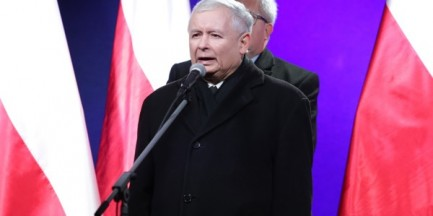 """Weekendowe demonstracje w Warszawie. """"Marsz PiS w rocznicę stanu wojennego, protest przed TK"""""""
