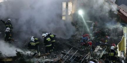 Wybuch fajerwerków w Łomiankach. Pod gruzami odnaleziono ciało kobiety