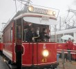 150-lecie Tramwajów Warszawskich. Przez stolicę przejechała parada zabytkowych pojazdów [ZDJĘCIA]