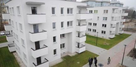 """Ratusz nie sprzeda mieszkań komunalnych. Lokatorzy: """"Czujemy się pokrzywdzeni"""""""