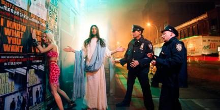 """""""Jezus jest moim ziomkiem"""". LaChapelle w Zachęcie"""