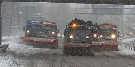 """IMGW: """"Zawieje i zamiecie snieżne"""". ZTM: """"Opóźnienia nawet do 40 minut"""""""