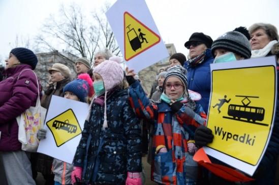 Manifestacja w al. Waszyngtona, fot. PAP/Jacek Turczyk