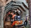 Piesze przejście pod tunelem I linii przebite