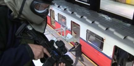 Niebezpieczny przestępca zatrzymany przez CBŚP w metrze. Mocne wideo z ćwiczeń