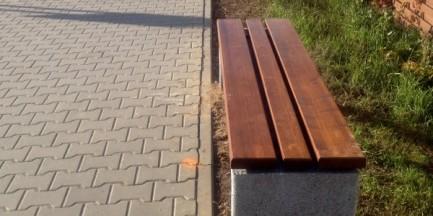 """Mieszkańcy Bemowa i Woli wywalczyli ławki. """"ZOM zainstalował 15 sztuk"""""""