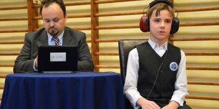 Co ósmy uczeń warszawskiej podstawówki ma wadę słuchu!