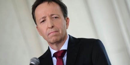 Afera reprywatyzacyjna. Komisja samorządu terytorialnego bez Gronkiewicz-Waltz i Ziobry