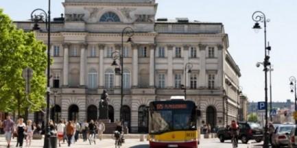 Nawierzchnia na Krakowskim Przedmieściu do poprawki