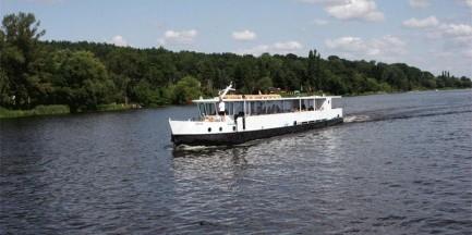 Prom, statek, łódź tradycyjna. Wiślane wakacje