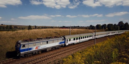 Ogromne utrudnienia dla podróżujących pociągami z i do Warszawy