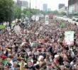 Marsz Wolnych Konopi ruszył przez Warszawę