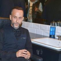 Nergal otworzył salon fryzjerski w Warszawie!