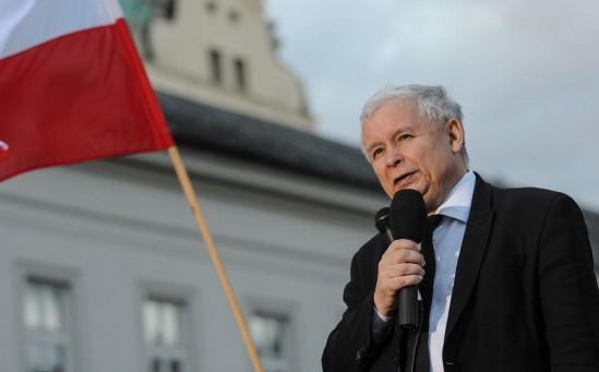 Jarosław Kaczyński przed Pałacem Prezydenckim Fot. PAP/Marcin Obara