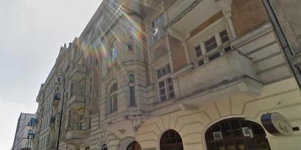 Inwestor niszczy kamienicę Białoszewskiego? Zburzy ściany i dostawi kondygnację