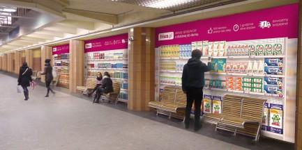 Pierwszy wirtualny sklep w warszawskim metrze!