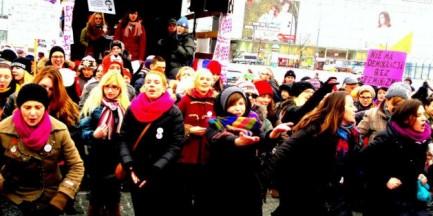 "Happening ""One Billion Rising"" w Warszawie [WIDEO]"