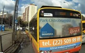Autobus jechał na czerwonym. Piesi byli na pasach! [WIDEO]