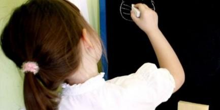 Warszawa będzie zachęcać rodziców, by posyłali 6-latki do szkół