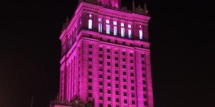 Dziś Pałac Kultury i Nauki zaświeci się na różowo